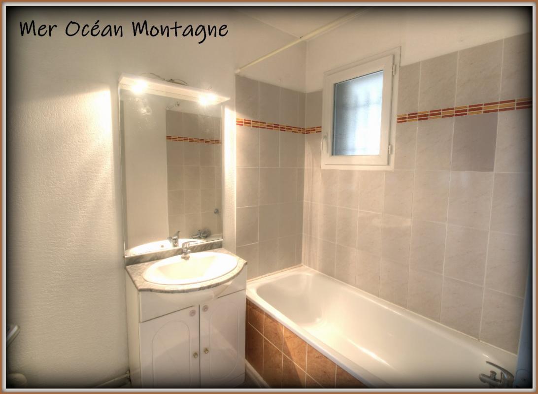 Apartment - Castelnau De Guers