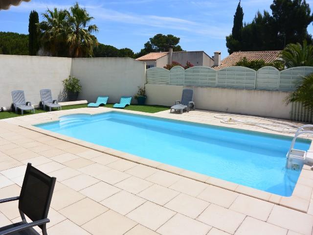For Rent Villa Avec Piscine  Personnes Cap DAgde  Villa Ours